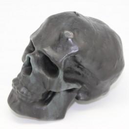 Свеча «череп» чёрная